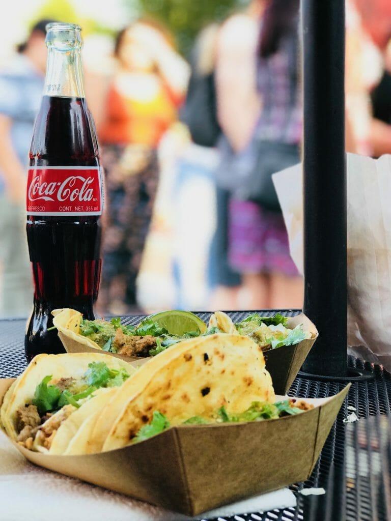 coca cola and street tacos